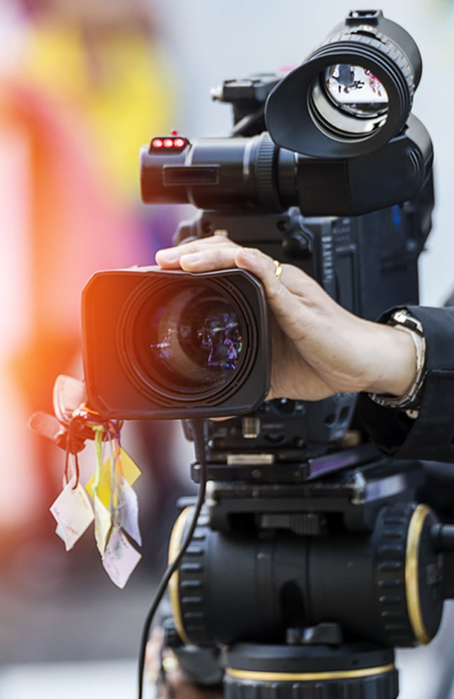 video-marketing-camera-tall